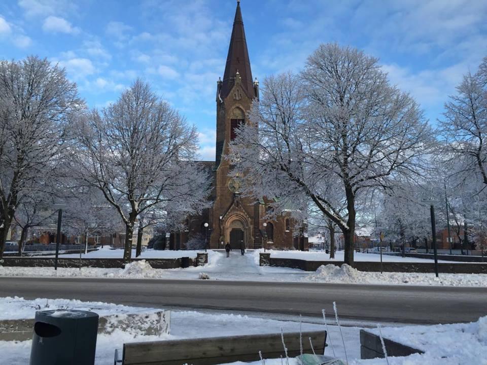 falkenberg-kyrka-vinter-centrum